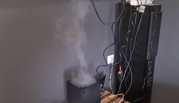Gamers published on the Web with Xbox Series X consoles, from which smoke comes