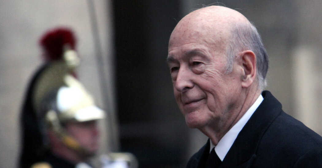 Former French President Giscard d'Estaing dies