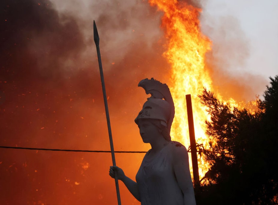 Fires reached Ancient Greece